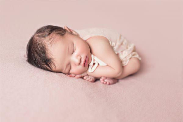 Séance photo de naissance de Lou-Ann