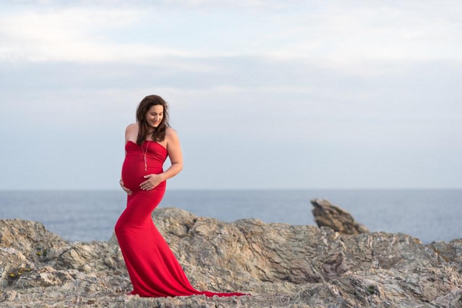 magnifique maman en robe de grossesse