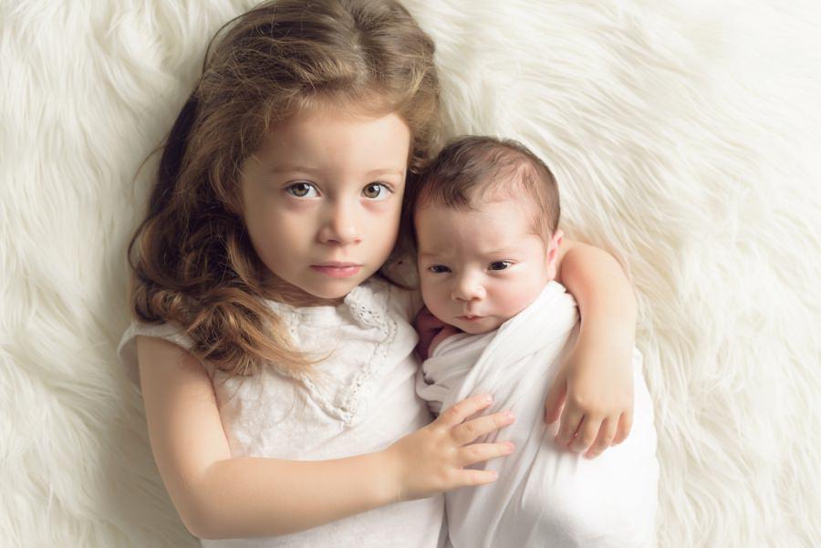 petite et grande sœur